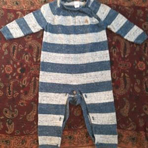 Baby gap 12-18 sweater bodysuit